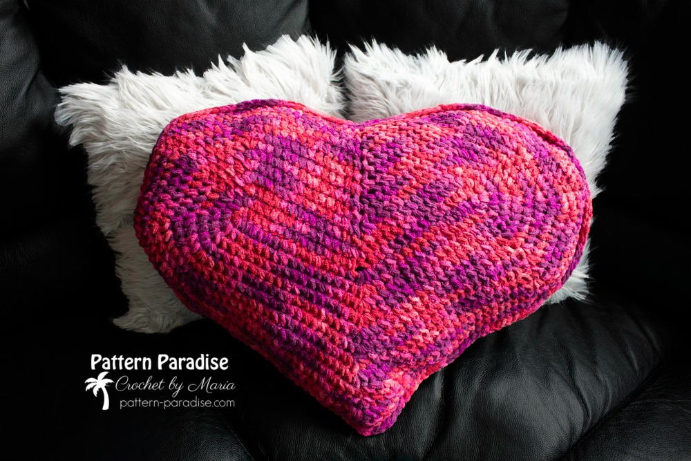 Heart Pillow Allfreecrochet